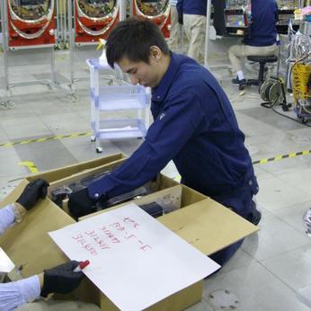 未経験歓迎自己申告シフト&給与前払い制度あり!倉庫内でスタッフ大募集